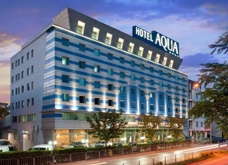 Хотел Аква