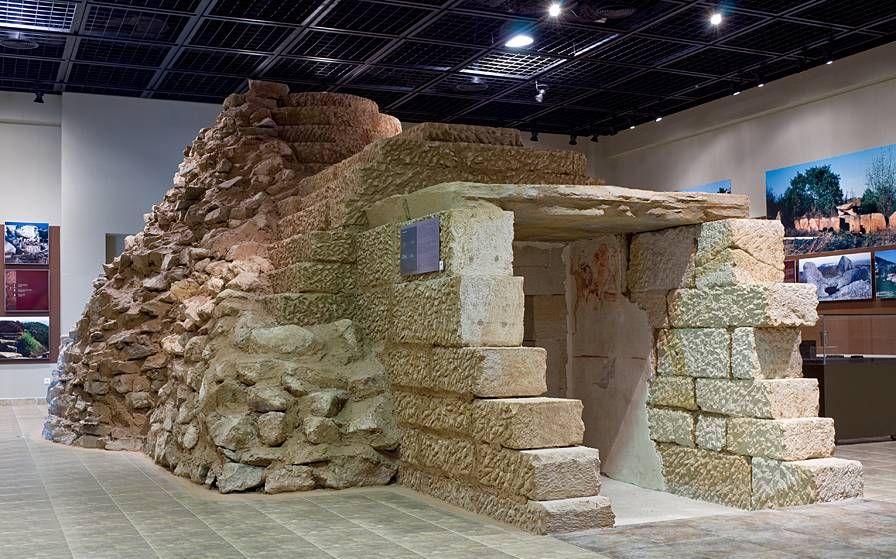Aleksandrovskata grobnica