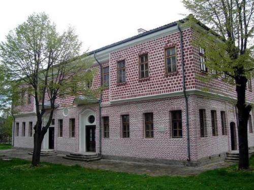 Славейковото училище Търговище
