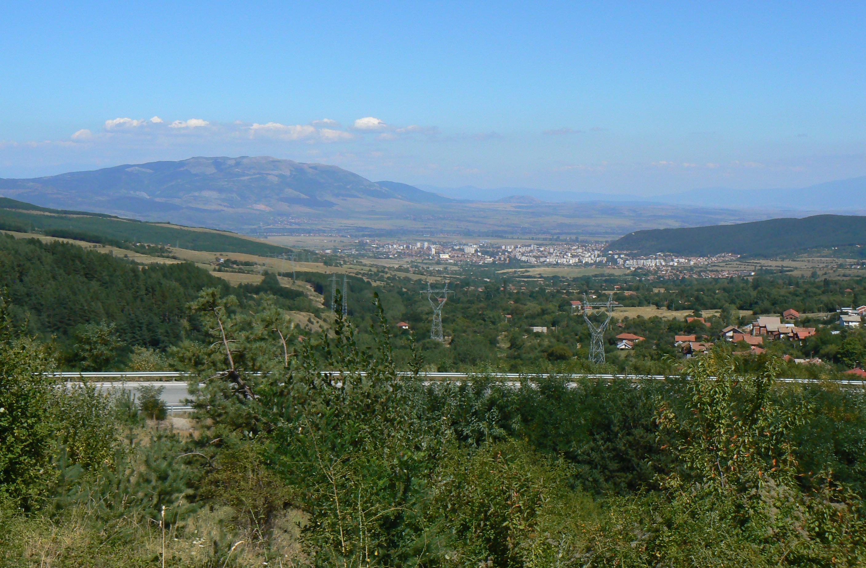 изглед към Кюстендил и Конявска планина