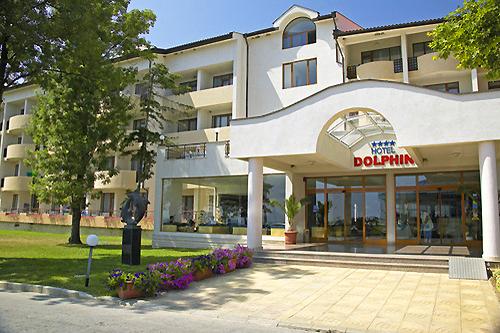 хотел Долфин