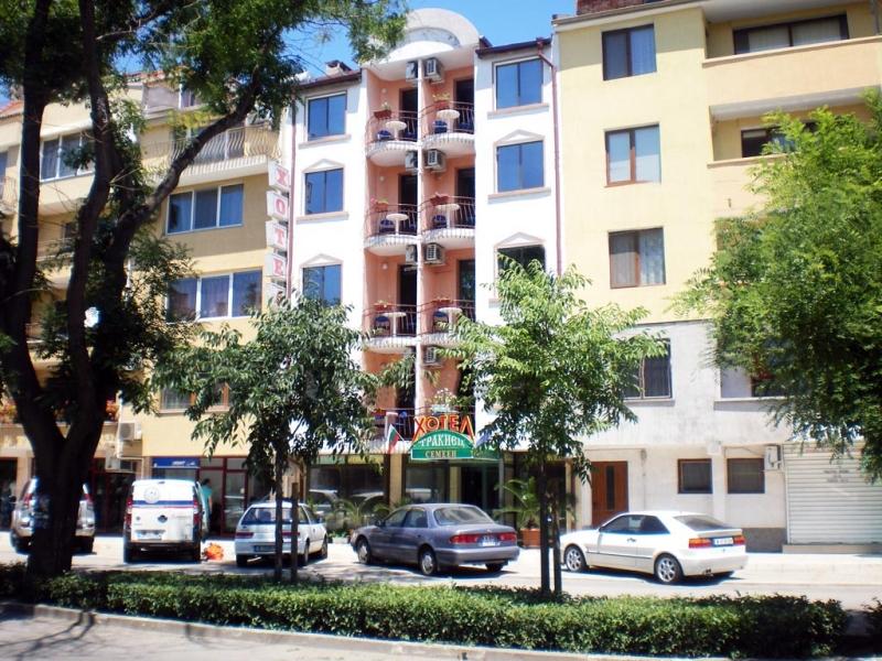 Хотел Тракиец
