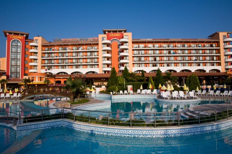 хотел Хризантема