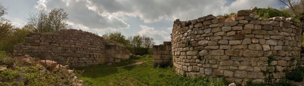 """Средновековна крепост """"Мисионис"""" Търговище"""