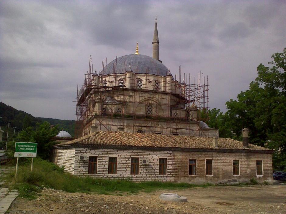 Томбул джамия Шумен