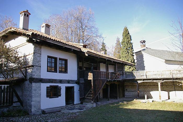 музей Неофит Рилски Банско