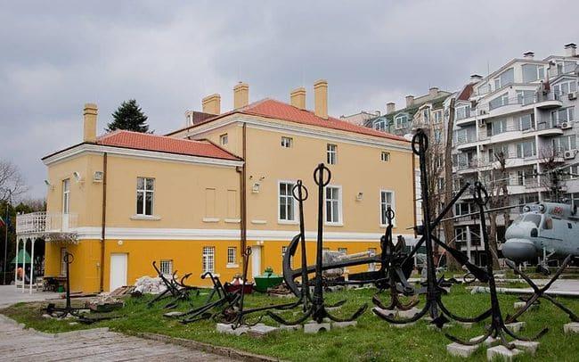 Военноморски музей Варна